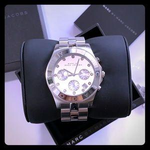 Marc Jacobs Amy Bracelet Crystal Silver Watch